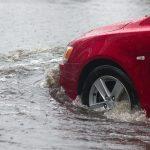 VIDEO: Únik z potápějícího se auta!