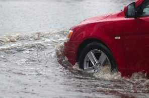 car-in-flood-water-large
