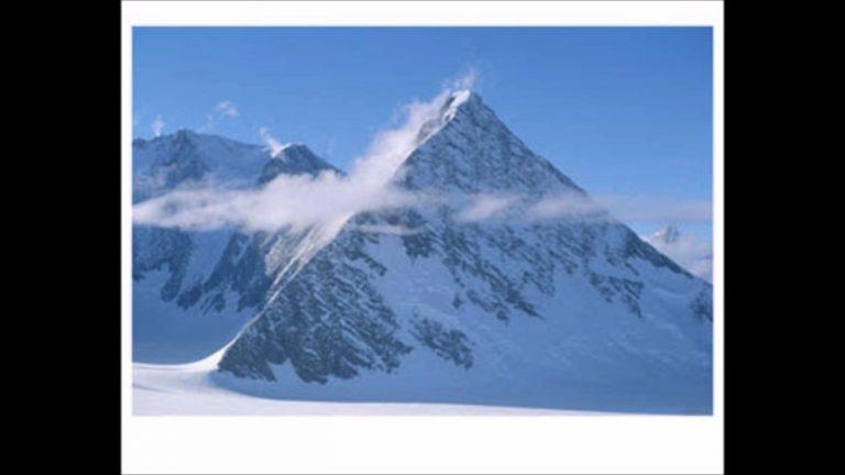 Co leží pod ledem Antarktidy?