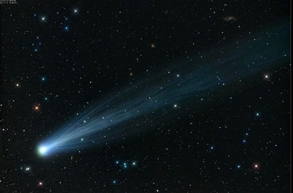 comet_2760407b