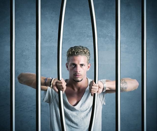 domestic-violence-male_escape-prison_alphaspirit-shutterstock