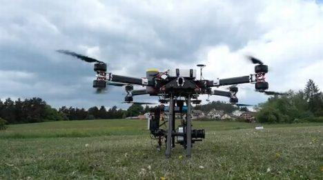 Foto: Veletrh vědy na pražském výstavišti: Největší dron ve střední Evropě v akci!
