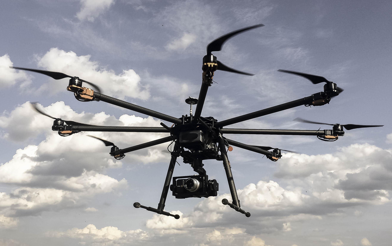 drony_wynajem