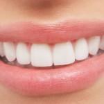 5x bolavé zuby v dějinách: Vyléčilo zubní kaz havraní lejno?