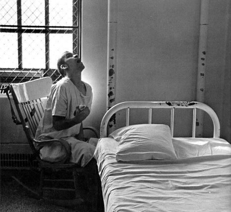 Foto: Ganserův syndrom: Může šílenec předstírat šílenství?