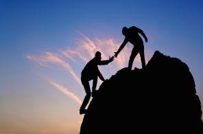 helping-climb