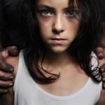5 dětí v rukou únosců: Pedofilní sadisté na oběti číhají na veřejných místech!