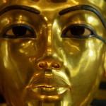 V Tutanchamonově hrobce je tajná komnata! Možná s tělem Nefertiti