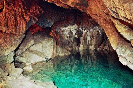 Foto: Záhadné sibiřské jeskyně: Odvážíte se je navštívit?