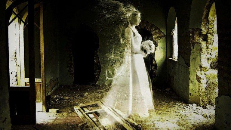 Proklete Svatebni Saty Nemuze Se S Nimi Jejich Majitelka Rozloucit