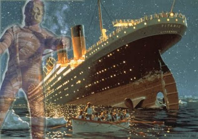 prokletá mumie na Titaniku