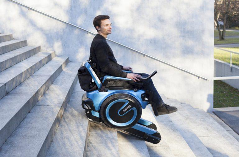 scewo-wheelchair-climb-stairs-designboom-newsletter
