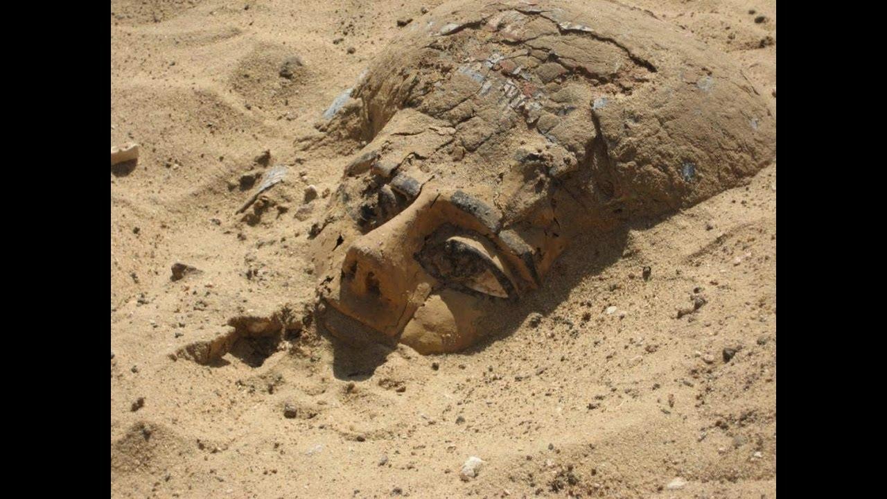 Unikátní objev: Archeologové našli v jižním Egyptě záhadné hroby!