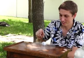 VIDEO: Co se stane, když pingpongový míček naplníte tekutým dusíkem?