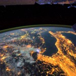 VIDEO: Neuvěřitelná krása noční Země z vesmíru