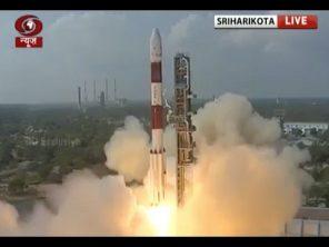 VIDEO: Raketa vynesla na oběžnou dráhu rekordních 104 satelitů!