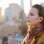Konec jazykovým barierám! Nová sluchátka vám přeloží každou řeč